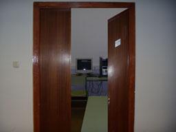 puerta_abierta_sala1